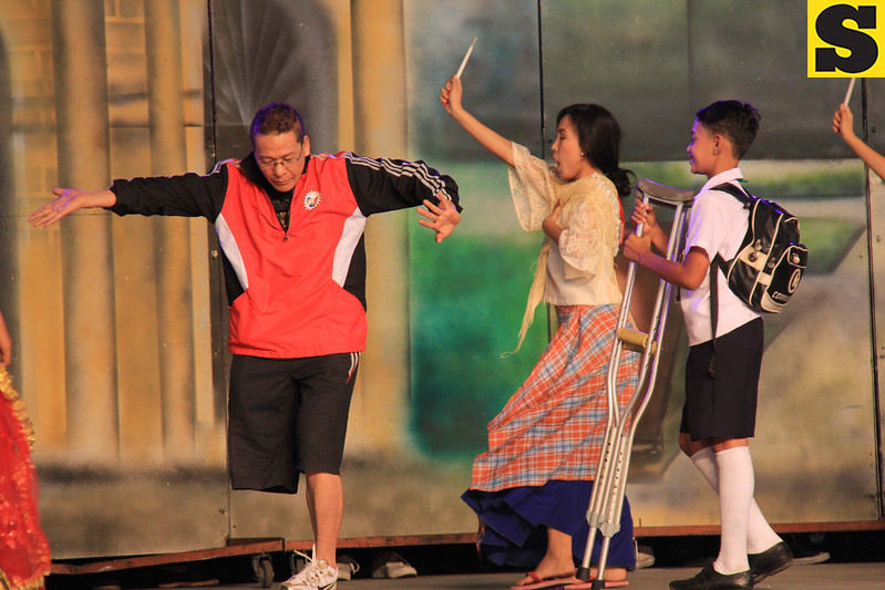 Abellana National High School Sinulog 2013 contingent