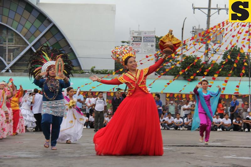 The annual fluvial procession kicked off from St. Joseph Parish Church in Mandaue City to Basilica Minore de Sto. Niño on January 18, 2014. (Nera Mariz Puyo/Sunnex)