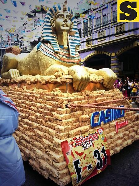 Casino alcohol's float brings you to Egypt.  (Photo by Jean Mondoñedo-Ynot)