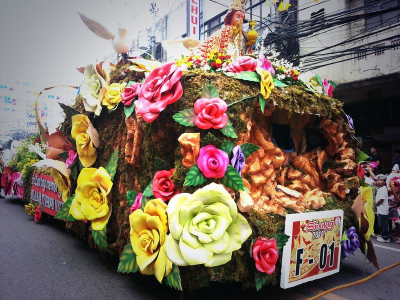 Rosemarie Rosendahl's float  (Photo by Jean Mondoñedo-Ynot)