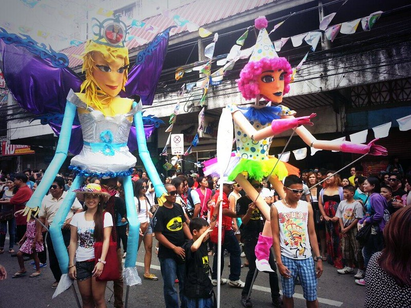 Puppeteers joining the Sinulog grand parade.  (Photo by Jean Mondoñedo-Ynot)