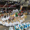 The Sandiego Dance Company entertains the crowd at P. Del Rosario St., Cebu City during the Sinulog 2014 grand parade. (Photo by Daryl D. Anunciado)