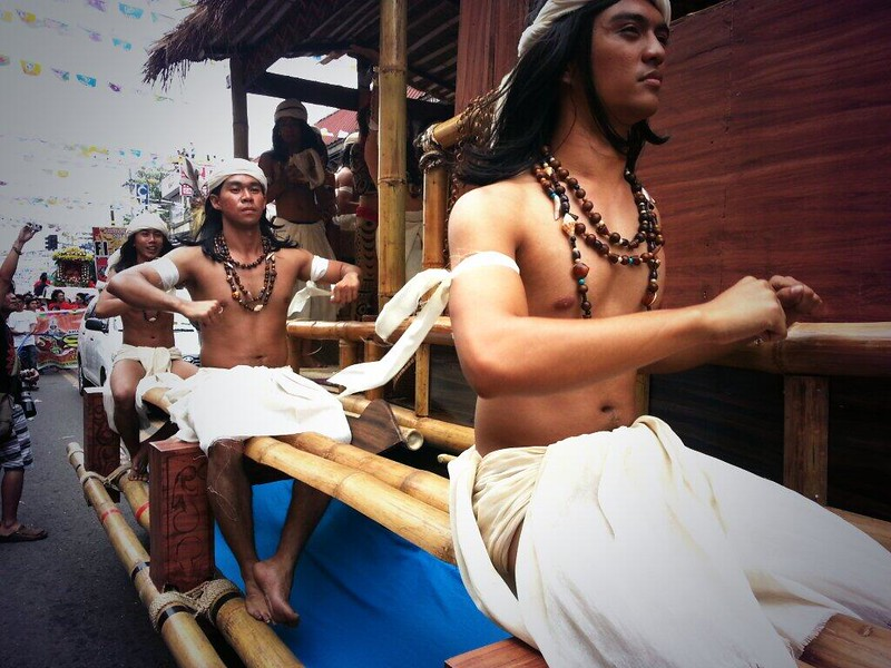 Men onboard one of the floats.  (Photo by Jean Mondoñedo-Ynot)