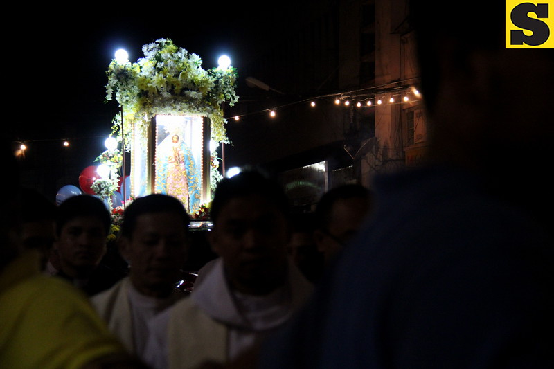 """An estimated population of 35,000 Marian devotees joined the """"Walk with Mary"""" foot penitential procession from Fuente Osmeña Circle to Basilica del Sto. Niño in this city on Friday dawn. (Nera Mariz Puyo/Sunnex)"""