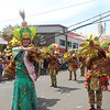 CEBU CITY -- Thousands of people trooped to the streets in this city to join the Sinulog grand parade on Sunday. (Photos by: Daryl Anunciado/Marian Lyka Jaca-USJ-R Intern)