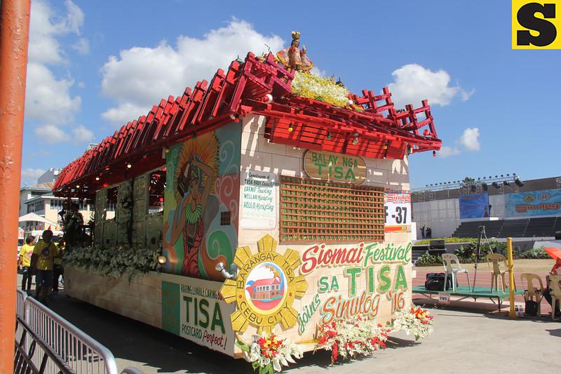 Balay nga Tisa float of Barangay Tisa, Cebu City during the Sinulog 2016