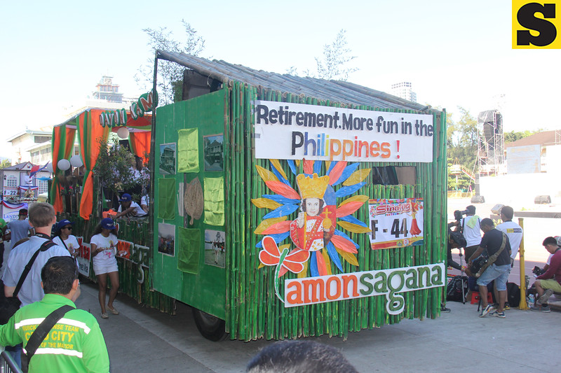Philippine Retirement Authority and Amonsagana float during Sinulog 2016