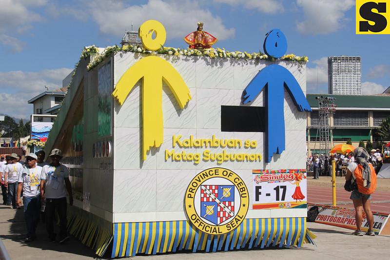 Cebu Provincial Government float during Sinulog 2016