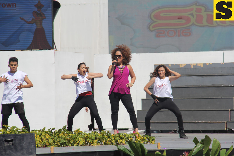 Anna Fegi performs during Sinulog grand parade 2016