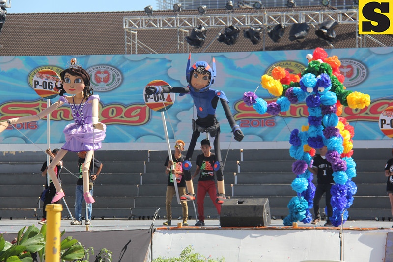 Angelique Marie Aranas, Orly Johnson Fuentes, and Giovanni Abos puppets