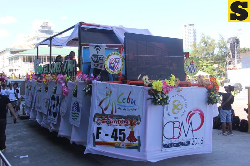 Cebu Chamber of Commerce float during Sinulog 2016