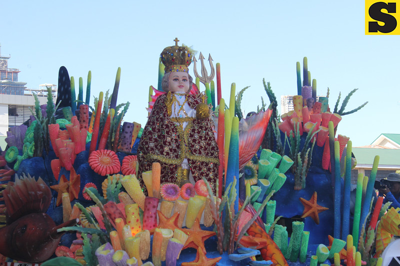Sto. Nino image onboard a float during Sinulog 2016