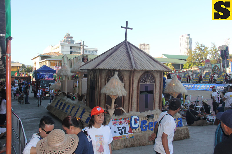Generika Drugstore float during the Sinulog 2016