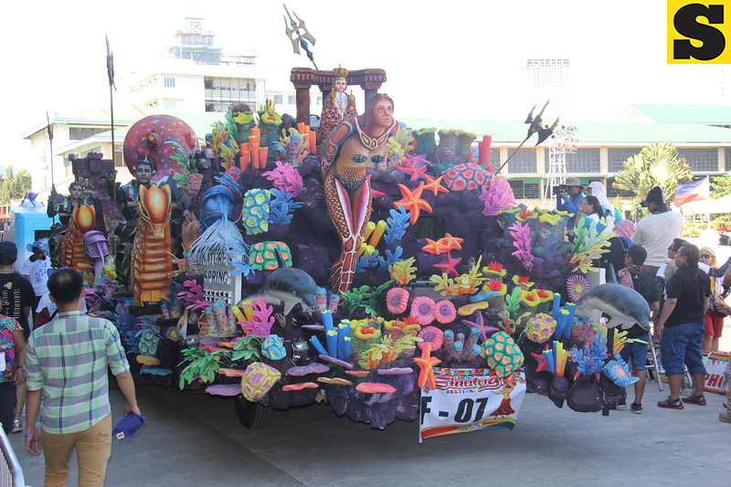 The Lost Empire float during Sinulog 2016