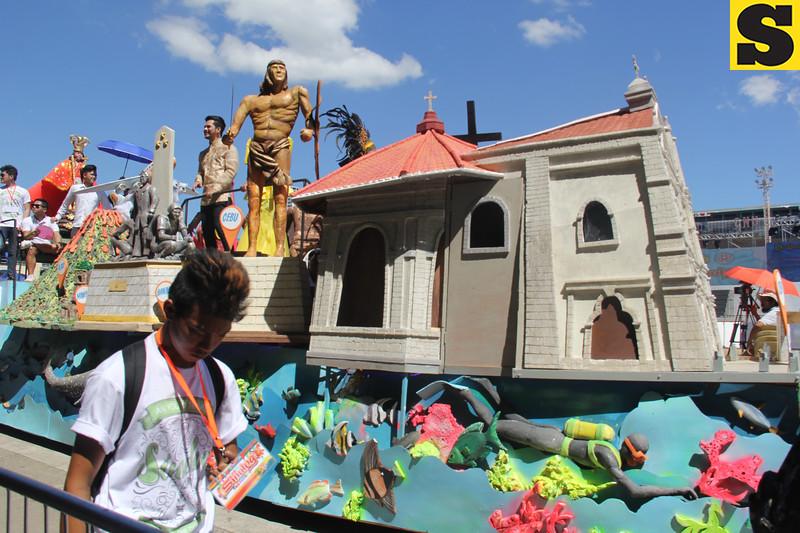 Sinulog 2016 grand parade float entry