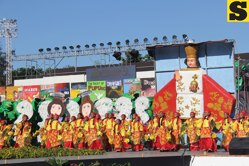 Pundok sa Kabataang Mananayaw sa Danao City performs during Sinulog 2016