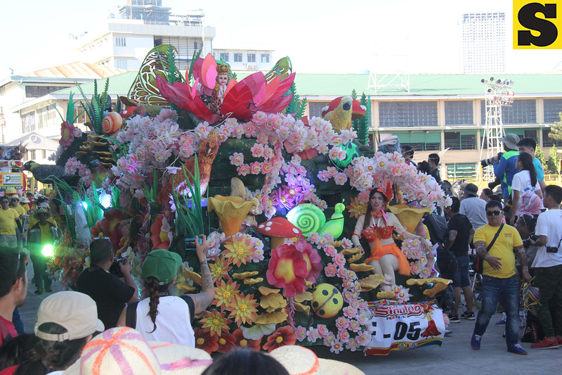Palawan Pawnshop and Palawan Express Pera Padala 1 float during Sinulog 2016