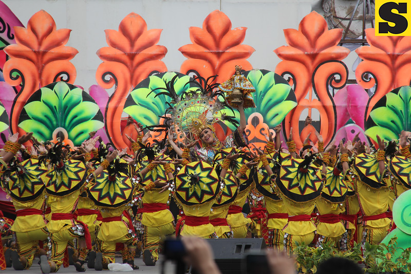 Don Sergio Osmena Sr. Memorial National High School - Sinulog sa Kabataan sa Dakbayan 2016 contingent