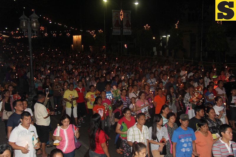Devotees joining the Walk with Mary 2016
