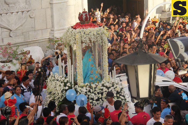 Our Lady of Guadalupe being readied for the Traslacion 2016