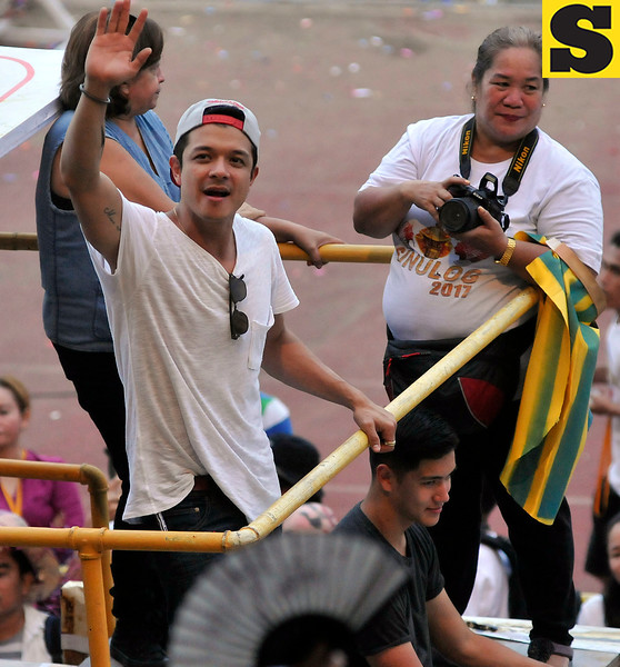 Jericho Rosales and son Santino join Sinulog 2017