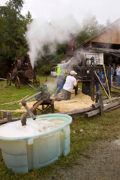 Field Day of the Past-2011-Steam Powered Mills