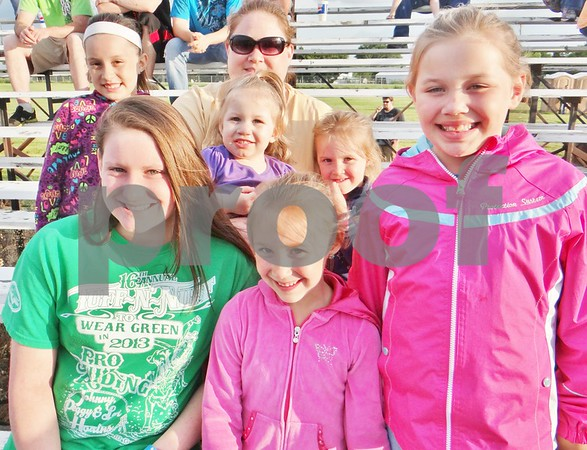 Elizabeth Johnson, Ellie Hruska, Lilly Hruska, Ryleigh Hruska, Leia Hruska, Baylee Johnson, and Heather Johnson.