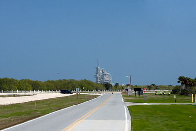 Service road to Pad 39A. Discovery's processing in-work for final flight. T-18 hours.