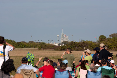 Final flight of Space Shuttle Discovery. T-25 minutes.