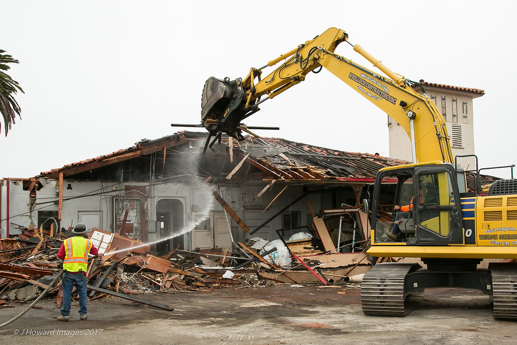 Fire station 22 demolition June 2017 lo res-9636