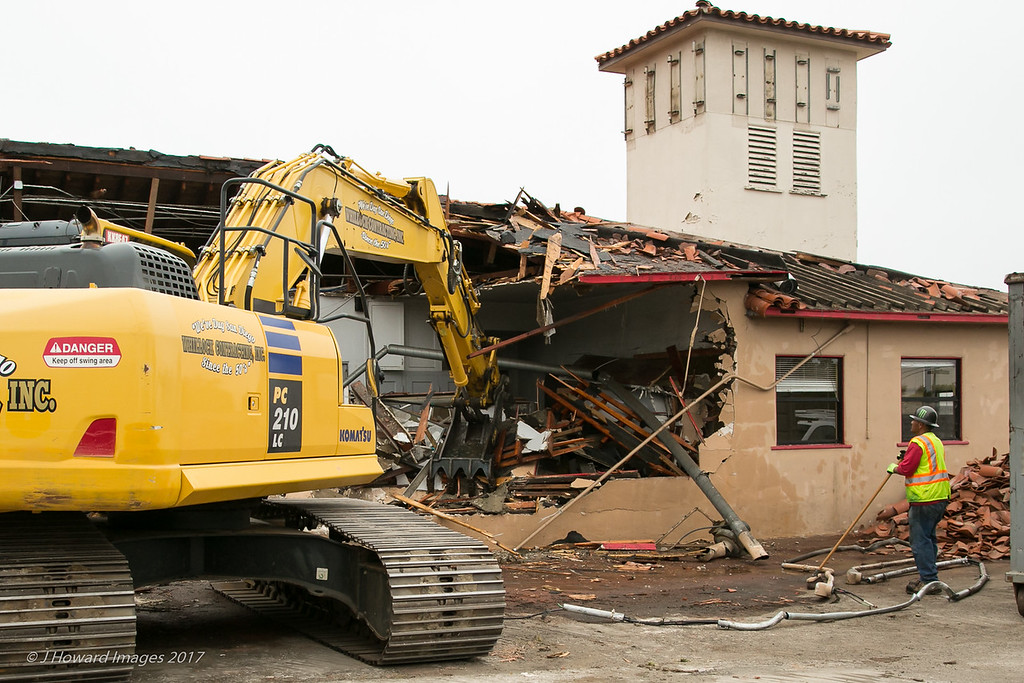 Fire station 22 demolition June 2017 lo res-9736