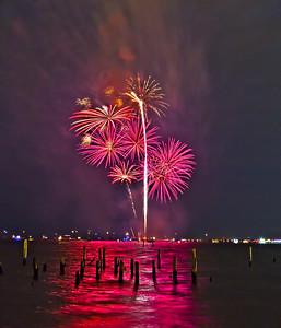 Kemah fireworks-hdr_081