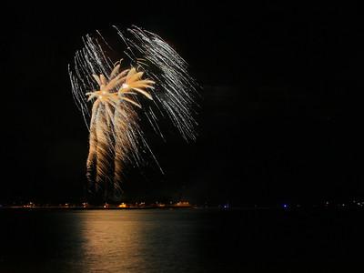 Fireworks 2012 July 4 Ala Moana