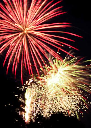 Fireworks July 4 2007 Gloucester MA
