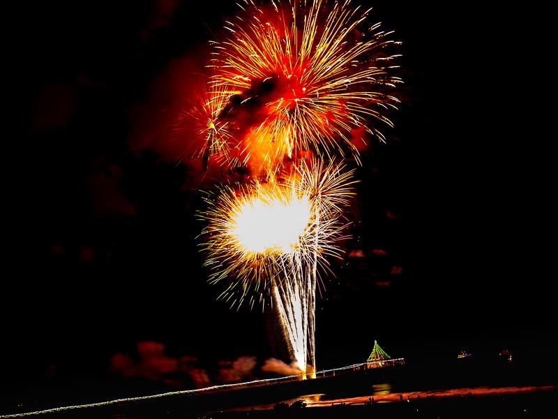 44fireworks-corrnie16