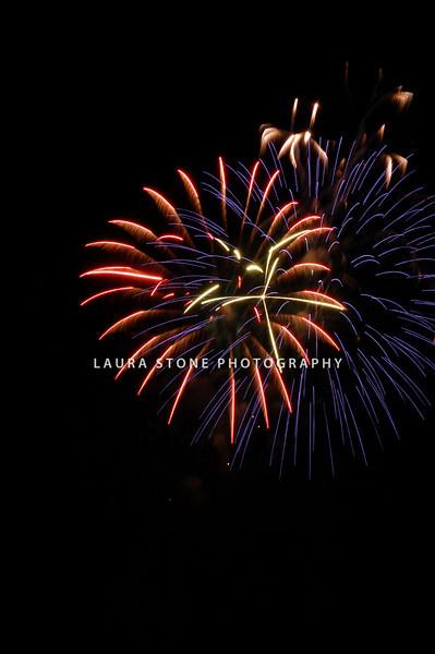 """July in the Sky"" 2010 fireworks celebration, Vernon, CT"
