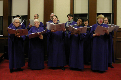 The Holy Spirit Church choir, under the direction of Dr. Albert Ahlstrom,  sings for the Shepherd's Night audience.