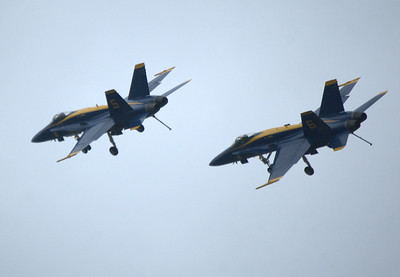 Blue Angels, USNA Parents Barbecue Treasure Island