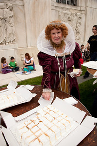 Bonnie Fairbank as Queen Elizabeth I cut the cake at Shakespeare's Birthday Open House at the Folger Shakespeare Library, located on Capitol Hill in Washington, DC. on April 25, 2010. (Photo by Jeff Malet)