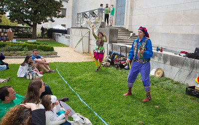 Nicolo Whimsey entertains in the Elizabethan Garden.