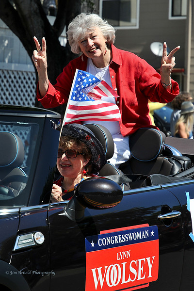 Congresswoman Lynn Woolsey - Corte Madera/Larkspur July 4th Parade