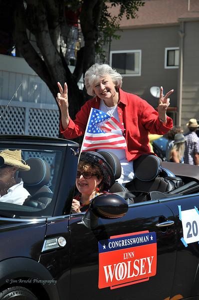Congresswoman Lynn Woolsey - Corte Madera/Larkspur July 4th Parade