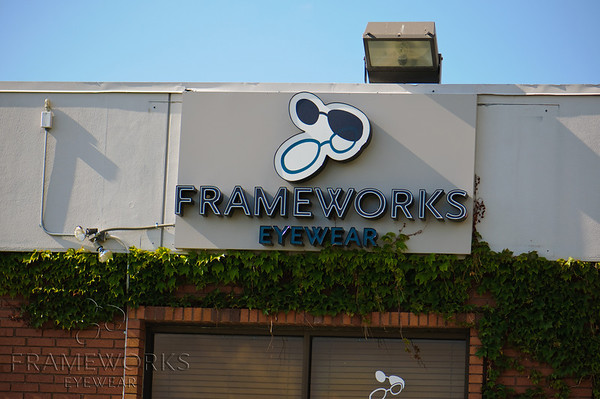 Frameworks Eyewear Sunglasses Party 2010