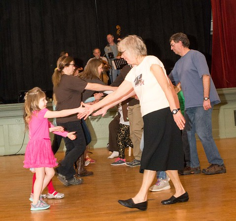 Free Books Barn Dance - 020417 (21 of 90).jpg