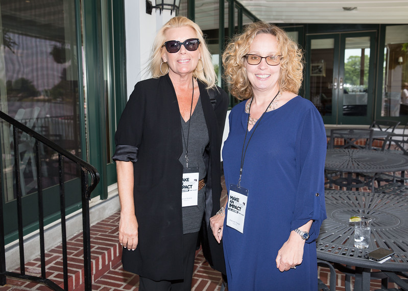 5D3_8733 Janice Roland and Shannon Treusch