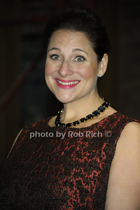 Jennifer Weiner   photo  by Rob Rich © 2013 robwayne1@aol.com 516-676-3939