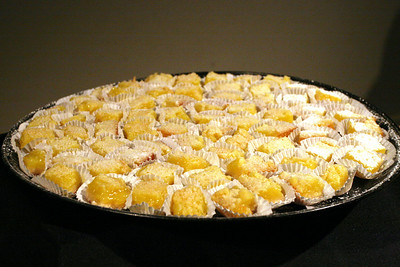 Lemon bars, by Jody Goo.