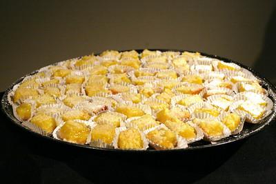 Lemon bars, by Jody Goo.