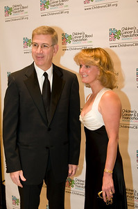 Les Lieberman and awardee Laurie Kelley