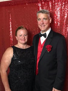 Lynne Nyhan Alley and husband Scott